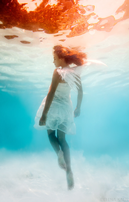 Elena Kalis - The Bahamas artist