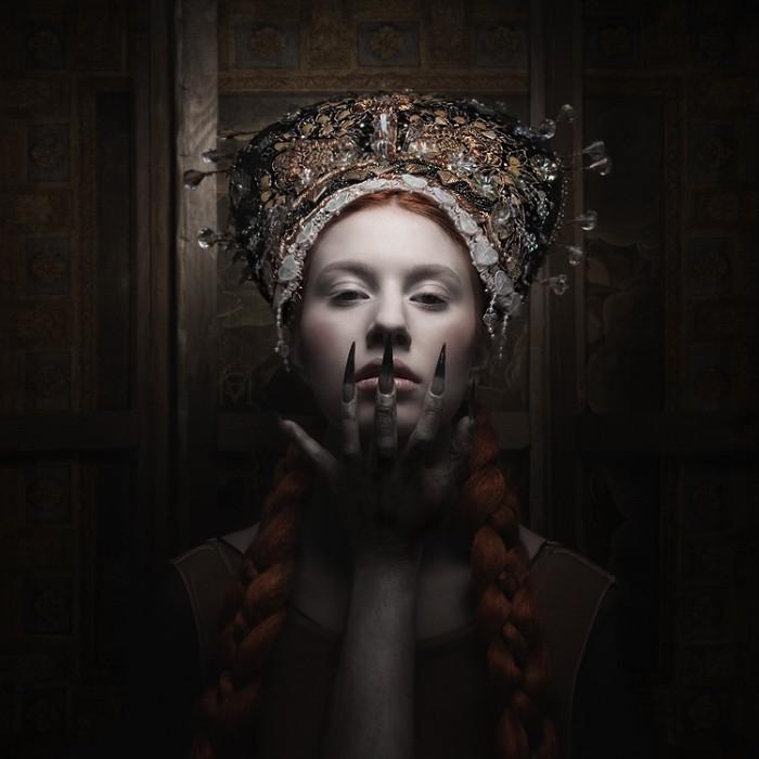 Sylwia Makris - Munich, Germany artist